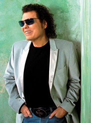 RONNIE MILSAP AT THE EFFINGHAM PERFORMANCE CENTER ON SATURDAY ...