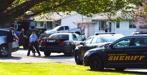 Charleston police standoff