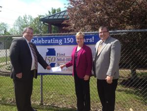 First Mid-Illinois Bank and Trust donates to schools