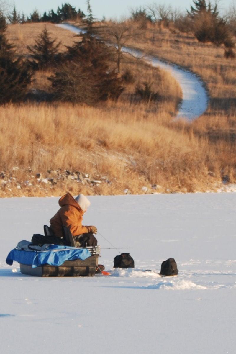 Fishing in the ice nebraska news for Ice fishing nebraska