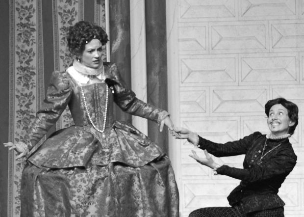 gender roles in twelfth night Free college essay gender roles in twelfth night born on approximately april 23, 1564 in stratford-upon-avon, england, william shakespeare is considered by many to have been the greatest.