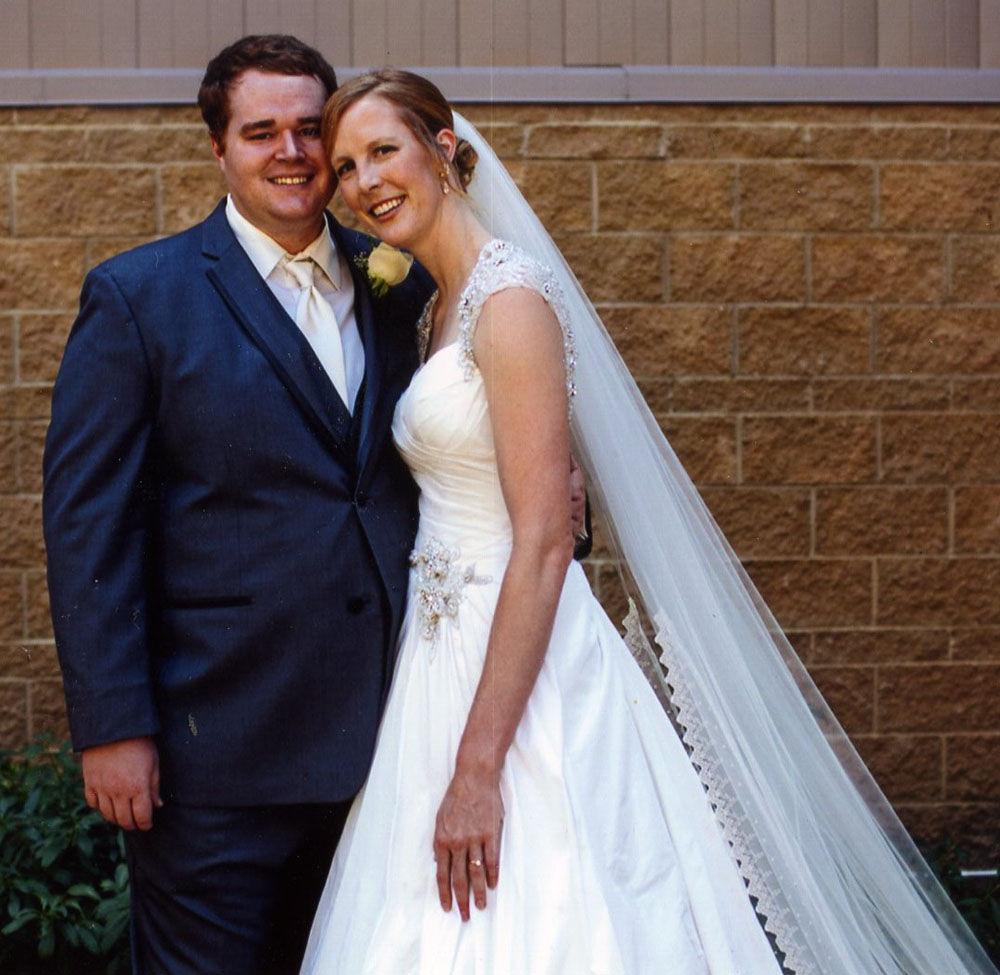 Kimberly Shubert And Amos Christner Weddings