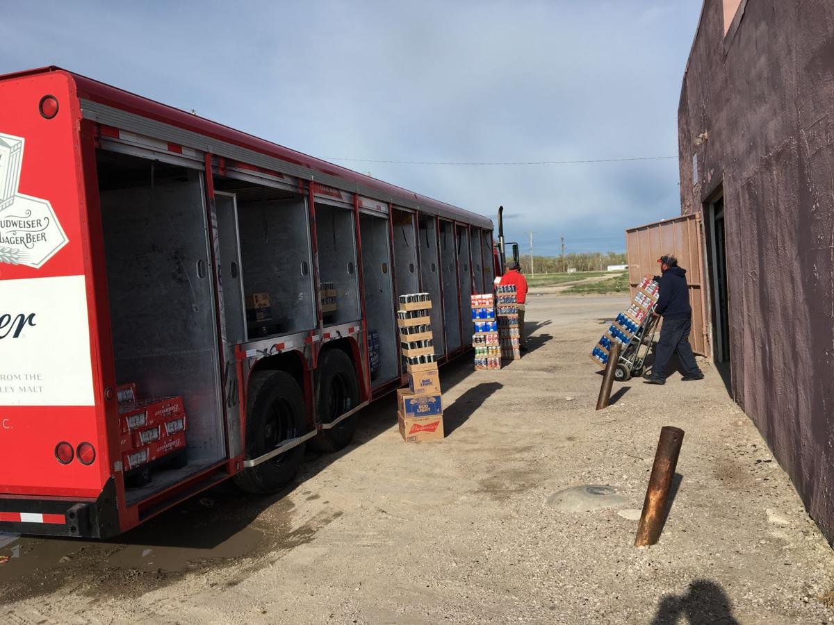 Beer stores unload