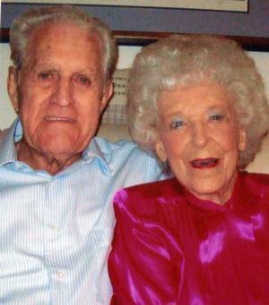 Chuck and Midge Straub 50th anniversary