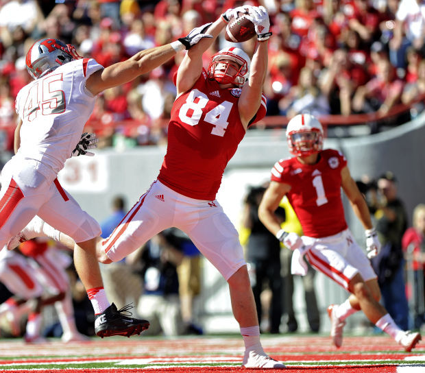 Cotton among Southeast grads figuring into tight end depth