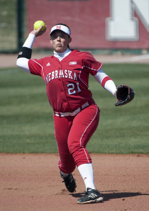 Photos: Minnesota vs. Nebraska softball, 3.28.15