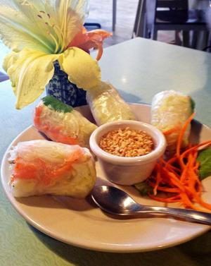 Sisters Cafe offers amazing Thai, German fare