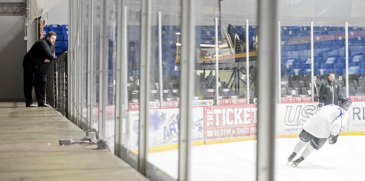 Second Year Stars Gm Hull Always Watching On The Road