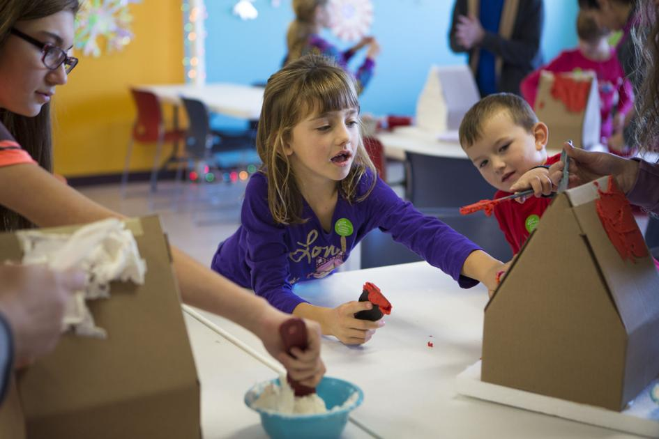 Lincoln Families Build Gingerbread Homes For A Good Cause Lincoln Journal Star Lincoln News