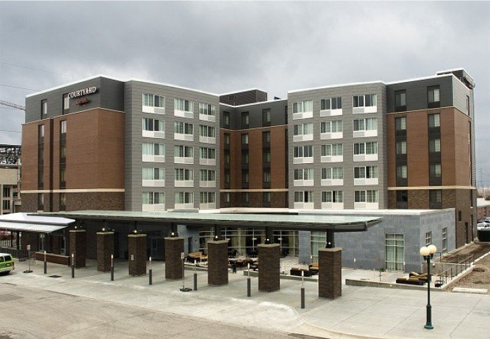Peek inside lincoln 39 s newest downtown hotel for Fish store lincoln ne