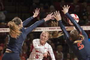Photos: Illinois vs. Nebraska volleyball