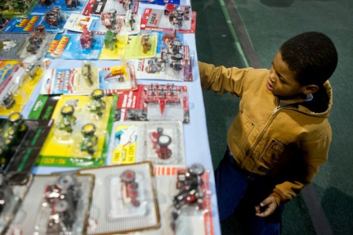 Farm Models On Display At Annual Toy And Buckle Show