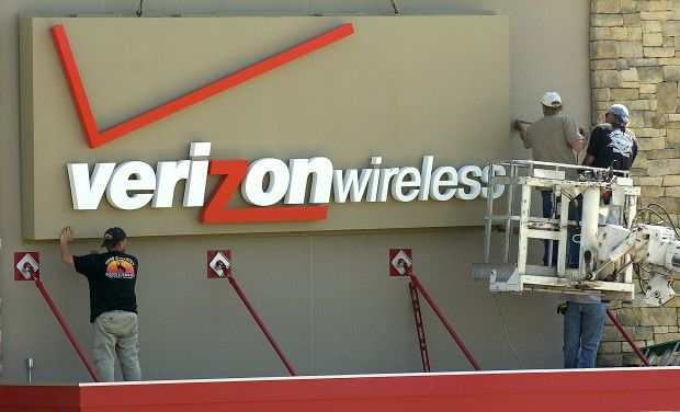 Verizon Wireless closing Lincoln call center; 320 jobs lost ...