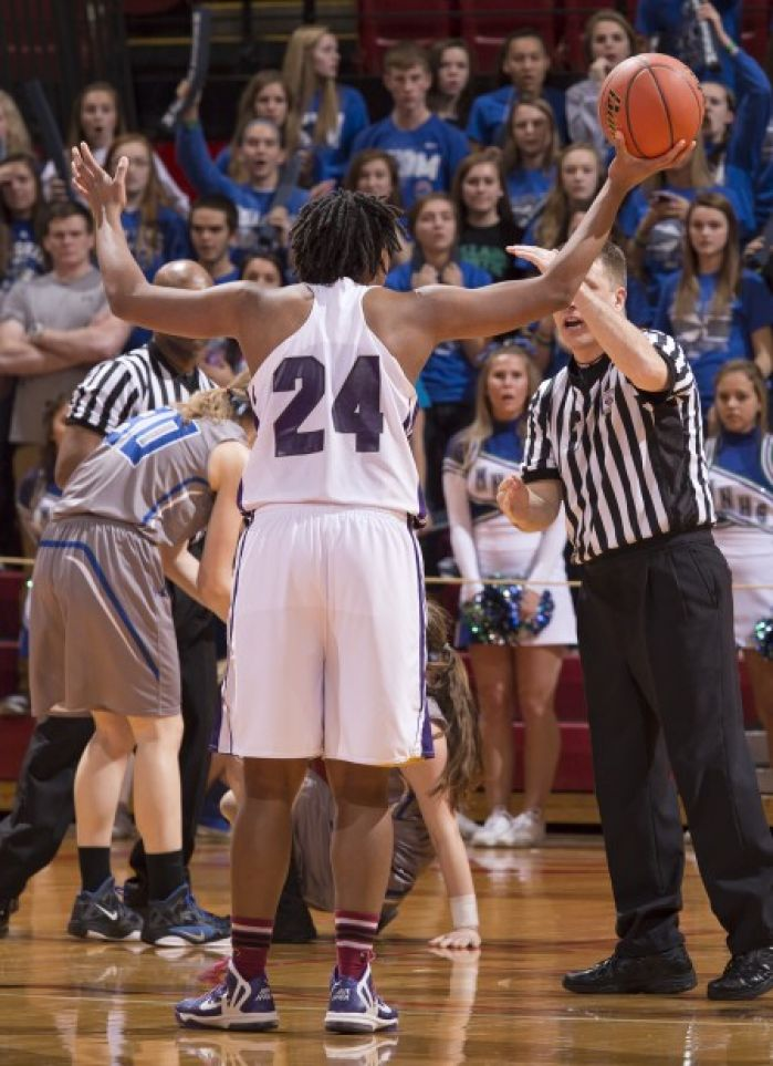 Class A: O. Central does just enough, advances : State ...
