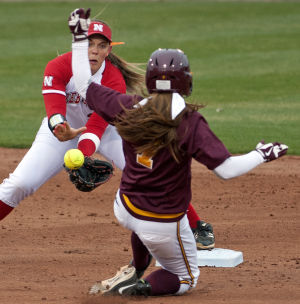 Photos: Minnesota vs. Nebraska softball, 3.27.15