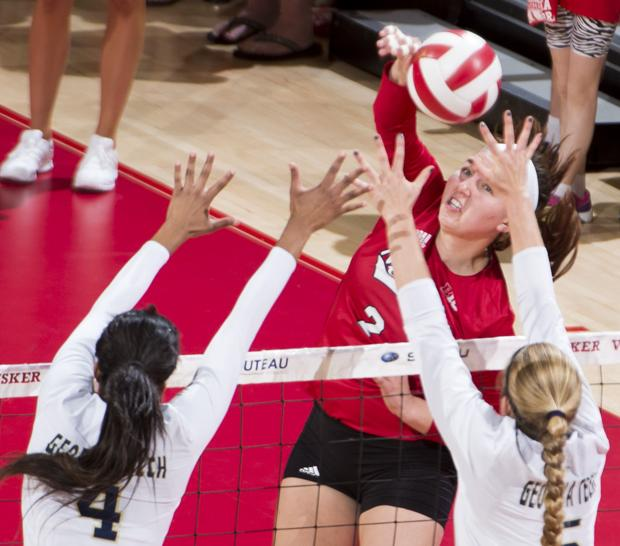 Volleyball: Hard-hitting freshman Foecke making early impact
