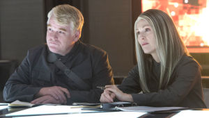 Review: Lawrence marvelous in 'Mockingjay -- Part 1'