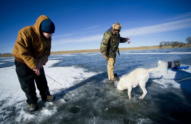 Ice fishing dog lincoln ne journal star for Ice fishing nebraska