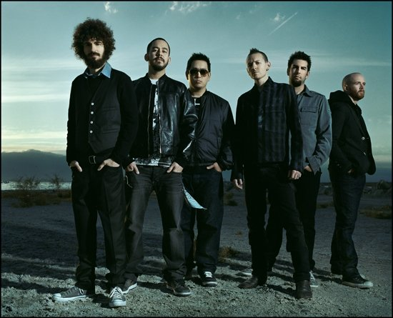Image result for chester bennington with band