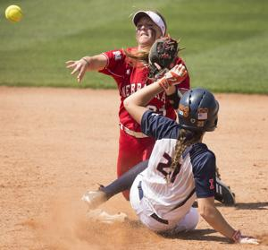 Photos: Illinois vs. Nebraska softball, 5.2.15