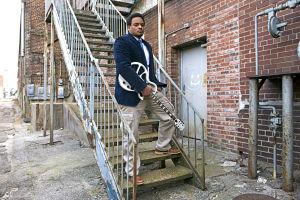 Jarekus Singleton goes from basketball to the blues