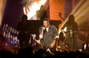 Country star, 'Voice' judge Blake Shelton coming to arena