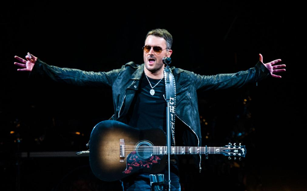 Review Eric Church Keeps Energy High For 3 Straight Hours