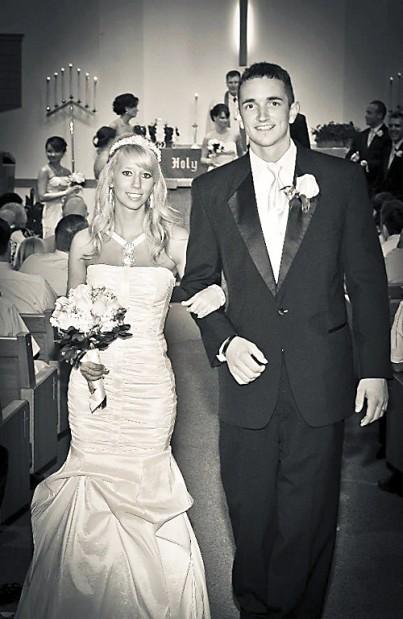 Fairbanks Lyons Weddings Journalstar Com