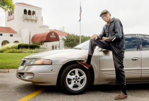 Strangers get 95-year-old back on road while claim against city lingers