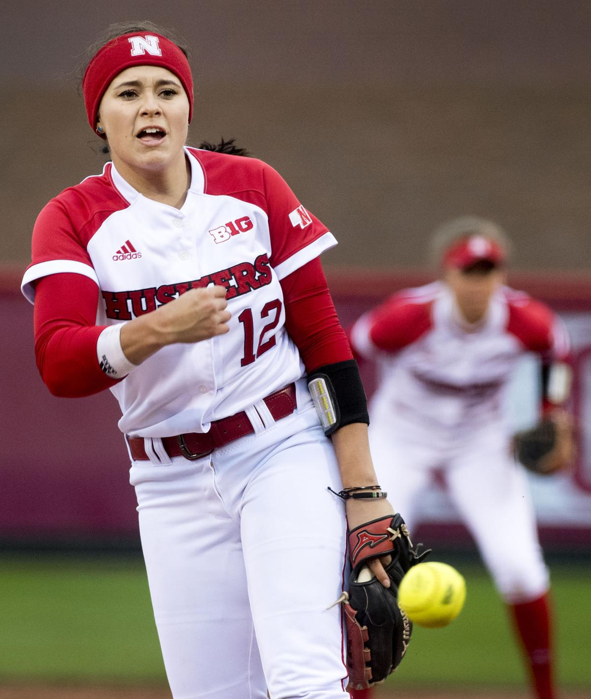 Kittens Lincoln Ne: Photos: Huskers Edge Cats On A Cold Night At Bowlin