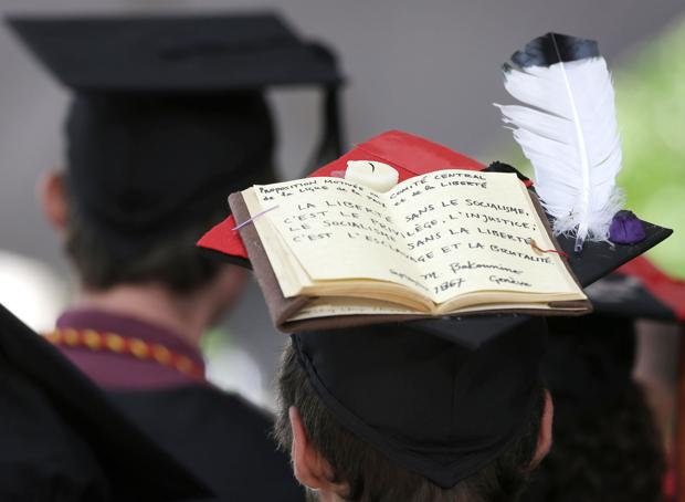 Want to stand out in cap and gown? Decorate that mortarboard