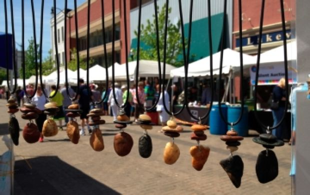 monument square art festival combines traditional and new