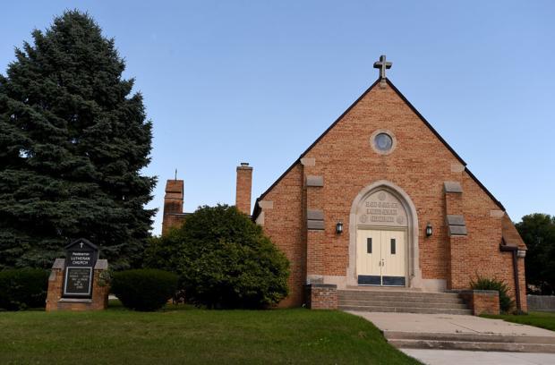 Redeemer Lutheran Closing
