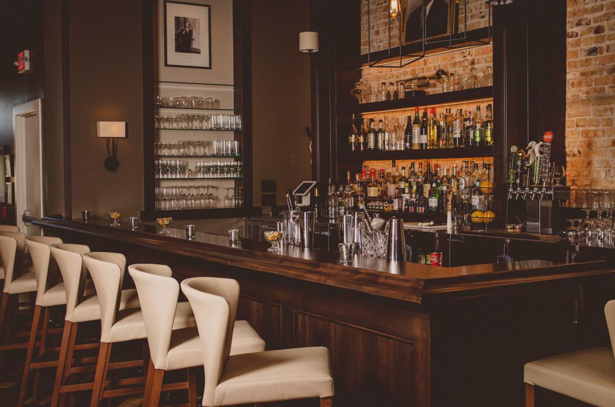 no lie liars club bar opens in burlington money. Black Bedroom Furniture Sets. Home Design Ideas
