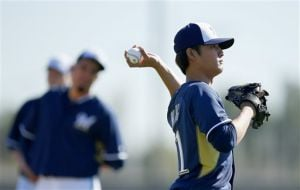 PHOTO GALLERY: A sign of spring - Brewers working out