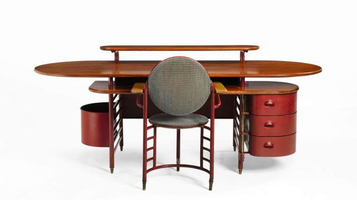 Frank Lloyd Wright Desk Chair Absent From Auction Site