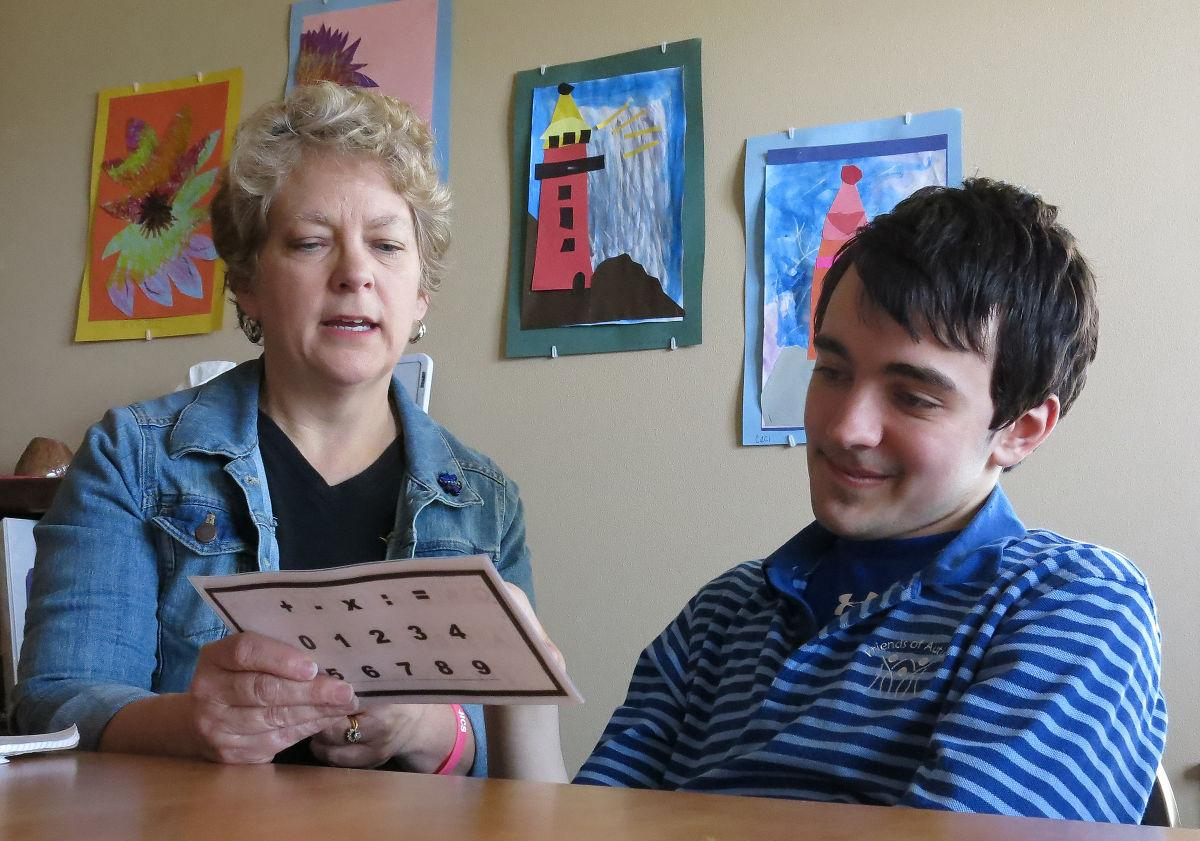 rapid prompting method helps people autism communicate communicating through the rapid prompting method