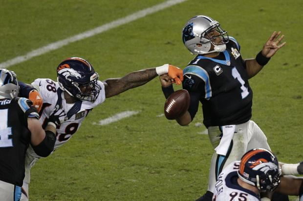 Broncos' defense smothers Panthers