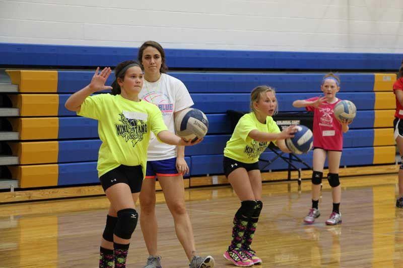 5 Simple, Easy, Volleyball Drills for Kids to Practice