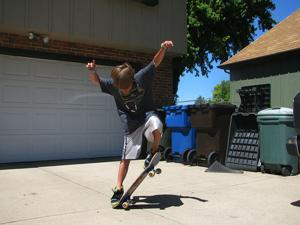 Jeremiah Staab performing an 'ollie'