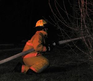 Neighbors assist injured woman in Oak Grove fire