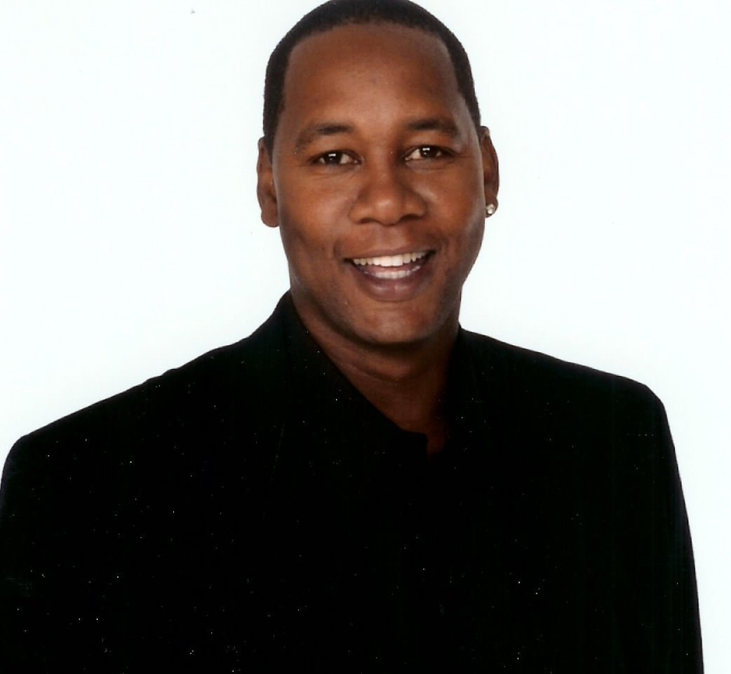 Hanging With Mr Cooper Star Mark Curry At Laugh House
