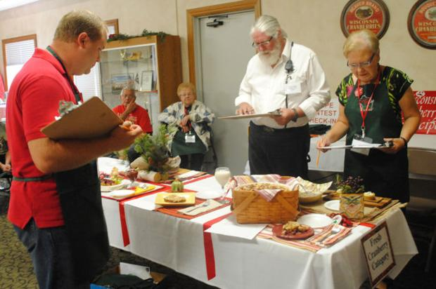 Tomah bakers bring home top prize at Cranfest