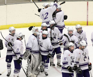 Onalaska boys' first hockey title game nets silver