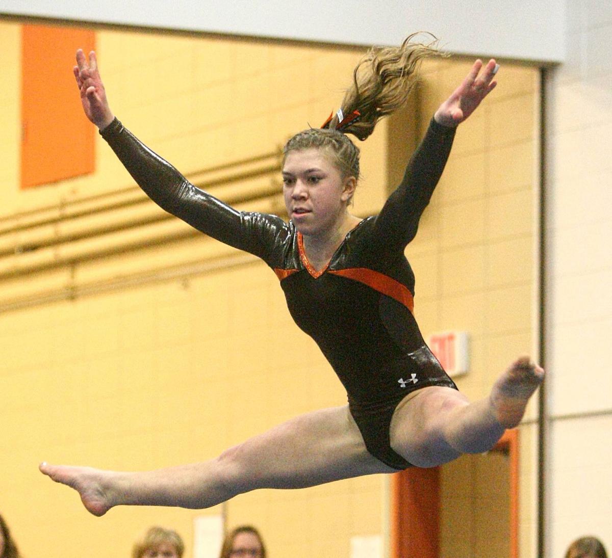 VHS cooperative gymnasts win Effinger Invite ...