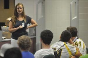 Freshmen urged to make positive choices