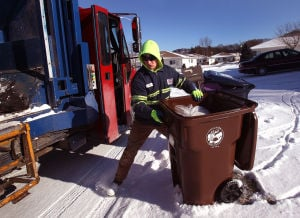 Council OKs costly plan to offer garbage cart choice