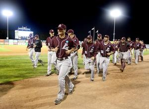 Photos: UW-L wins opener of Division 3 baseball championship