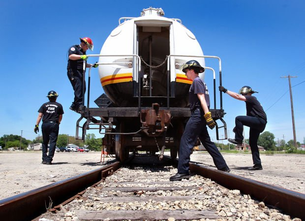 bnsf offers rail safety training for local responders