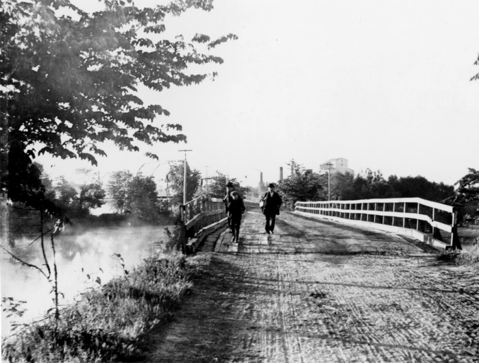 hometown history  pettibone park bridge in the early 1900s